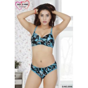Satin geometrical shape printed padded Bra and panty set