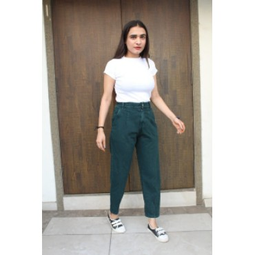 Women's trending Denim regular solid jeans pant