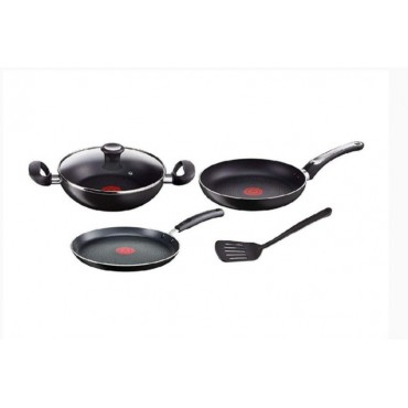 <h3><strong>Tefal ceremony gift combo set cookware</strong></h3><br> <p>     </p>        <p>Delivery charges will be applicable</p>