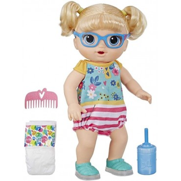 Baby Alive Step 'n Giggle Baby Blonde Hair Doll with Light-up Shoes, Responds with 25+ Sounds and Phrases, Drinks and Wets, Toy for Kids Ages 3 Years Old and Up