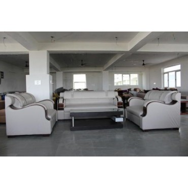 <h3><strong>7 Seater White Sofa Set</strong></h3><br> <p>     </p>        <p>Delivery charges will be applicable</p>