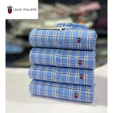 <h3><strong>Men's Cotton check Shirts 4piece Combo</strong></h3><br> <p>   </p>      <p>this product will be not returnable</p>