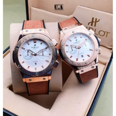 <h3><strong>WHITE DIAL STRAP CHRONOGRAPH Couple WATCH</strong></h3><br> <p>   </p>      <p>this product will be not returnable</p>